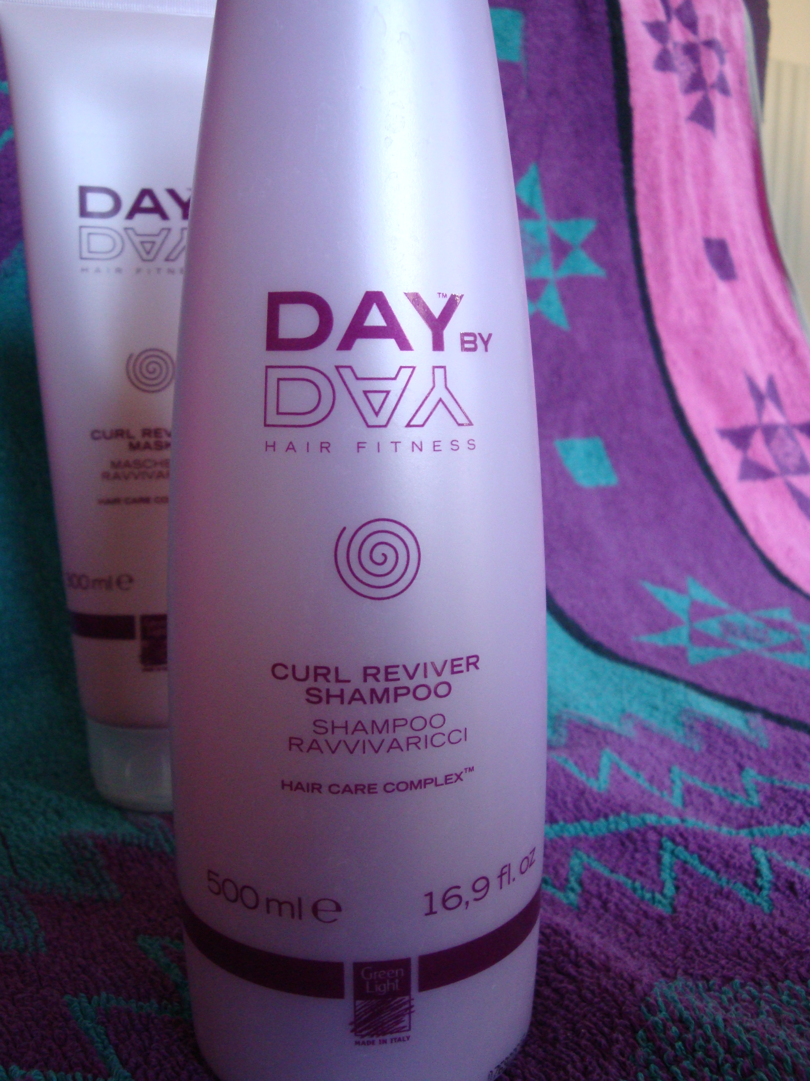 Day by Day curl reviver shampoo