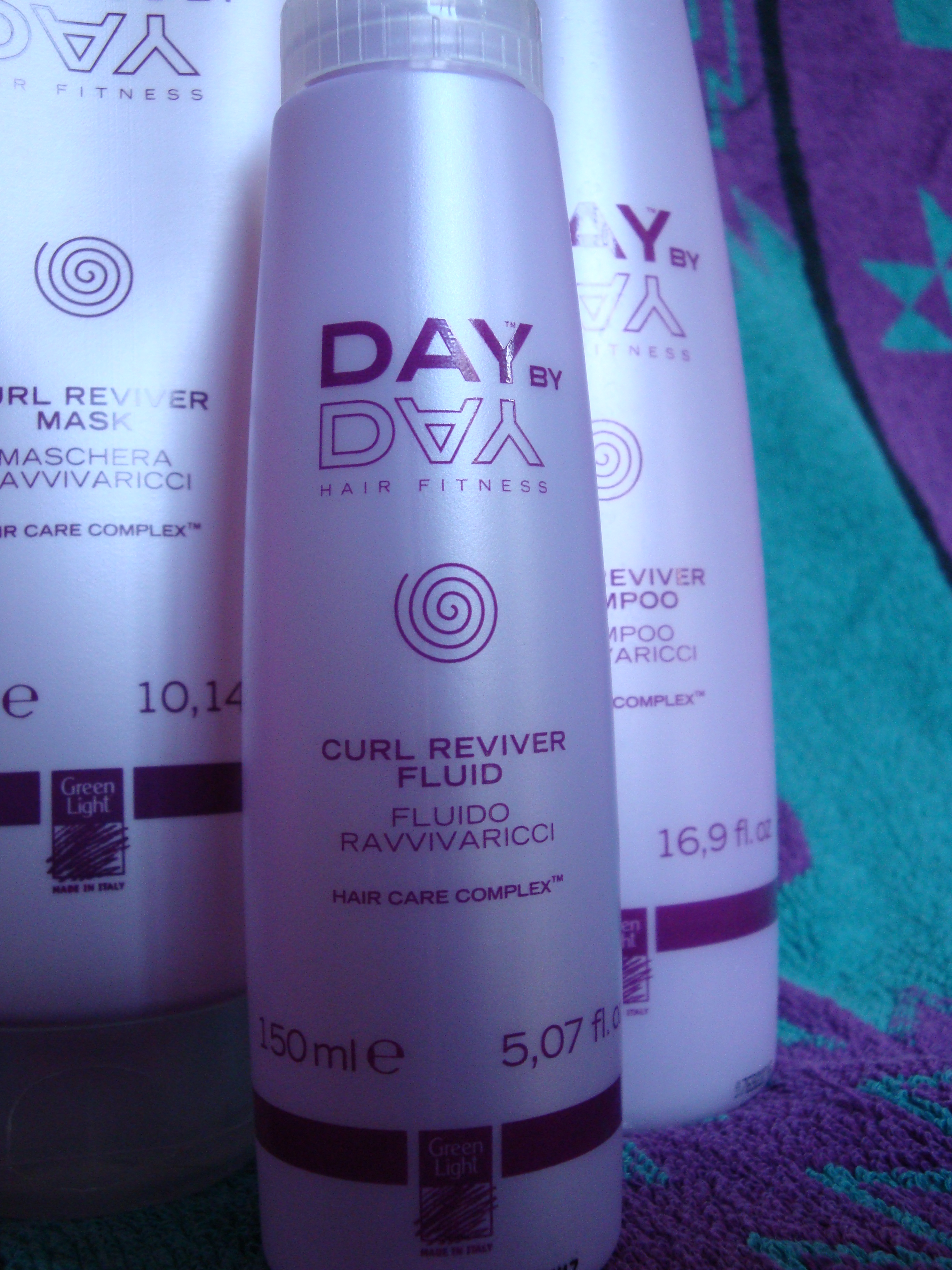 Day by Day curl reviver fluid