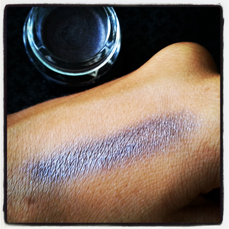 PUPA Vamp! cream eyeshadow swatch
