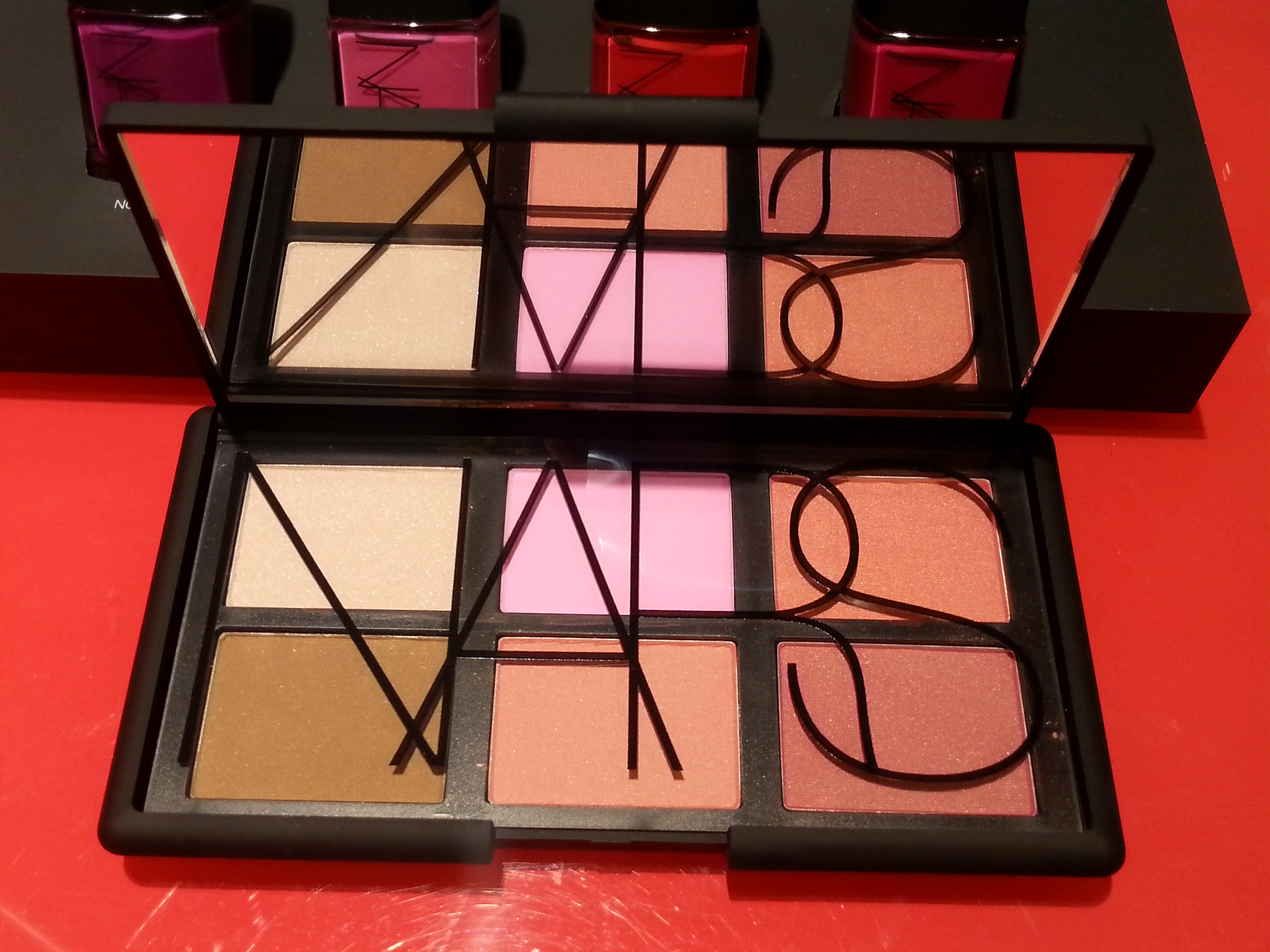 Nars+Guy Bourdin - palettes blush One night stand