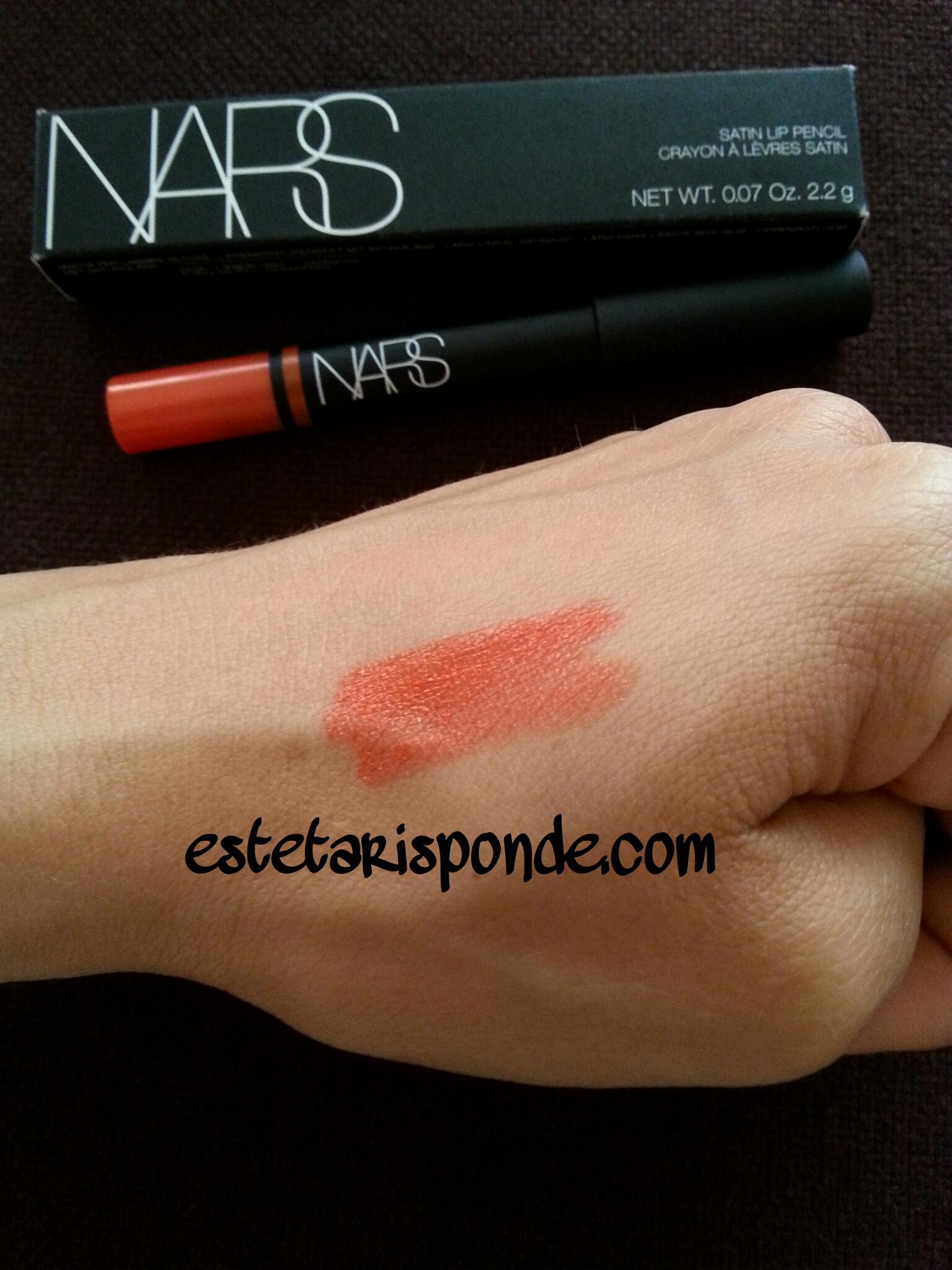 NARS satin lip pencil Timanfaya - swatch