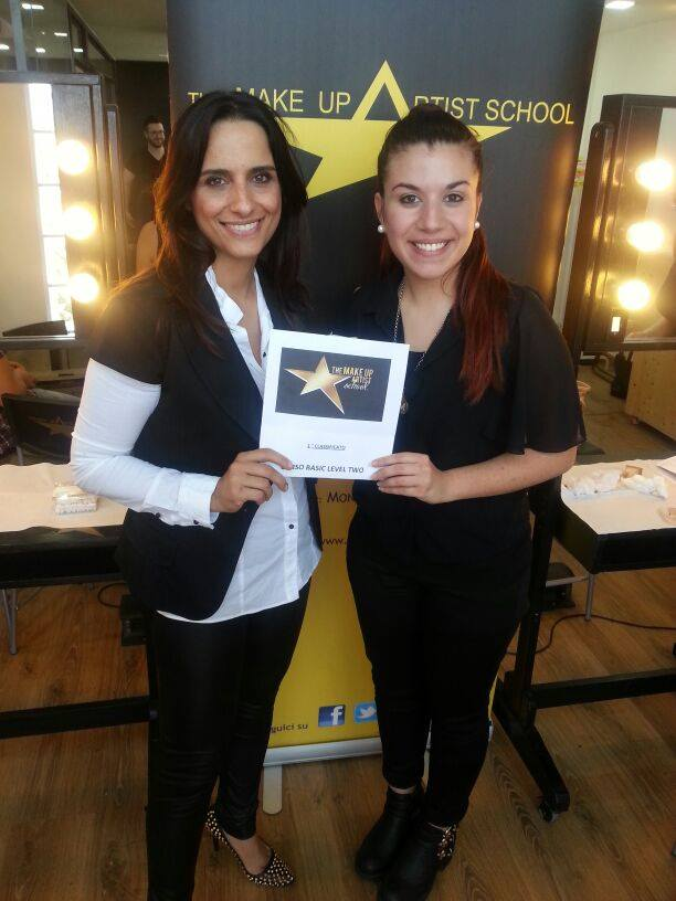 The make up school contest with Cantoni